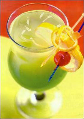 Тоник смешать с ананасовым соком (20 мл).  В полученную смесь добавить...